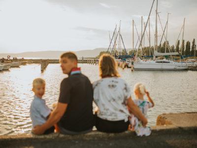 Family Marton - Reni & Mazsi